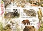 Jedinečné poštovní známky s krásnými kresbami vlka, medvěda a dalších divokých zvířat Beskyd!