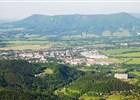 Výhled na město Frenštát p. R. z Velkého Javorníku