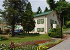 Léčebný dům Dr. Maye v centru lázeňského parku